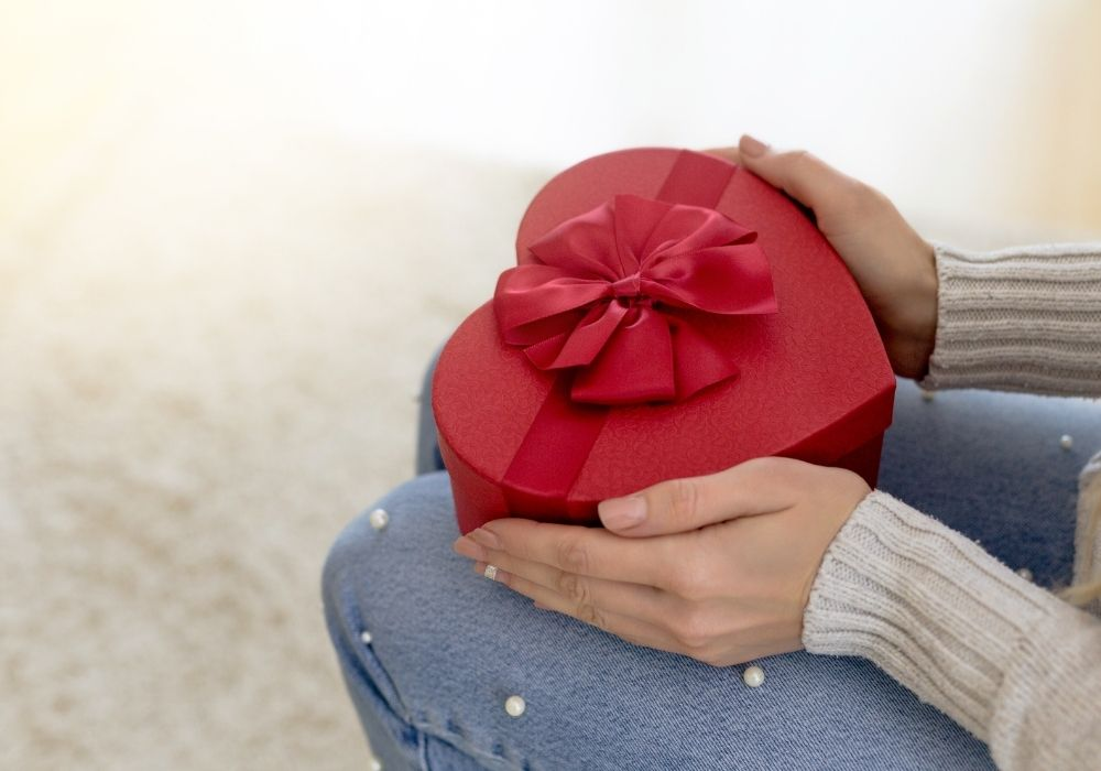 12 gifts to give yourself at Christmas and throughout the year