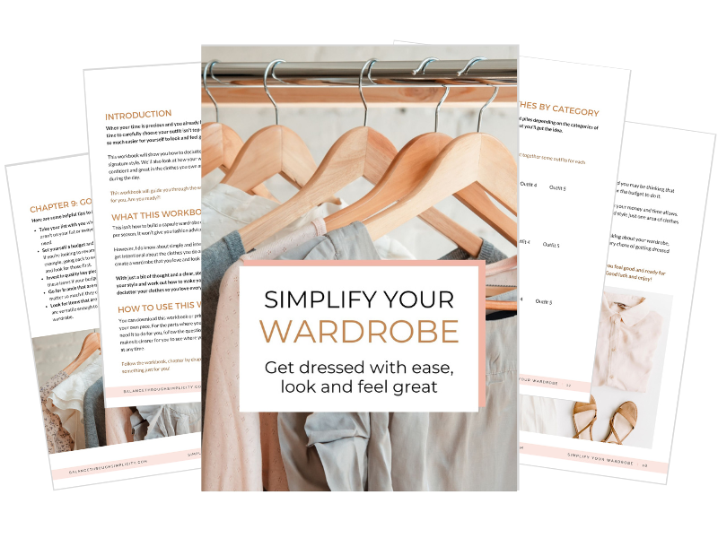 SIMPLIFY YOUR WARDROBE